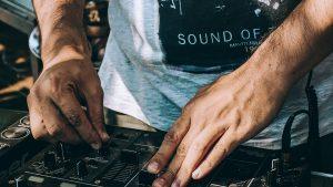 djs-music-mixer